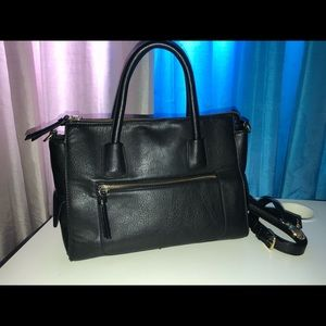 F21 black purse